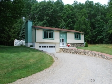 5372 Blue Lake Dr, Gladwin MI
